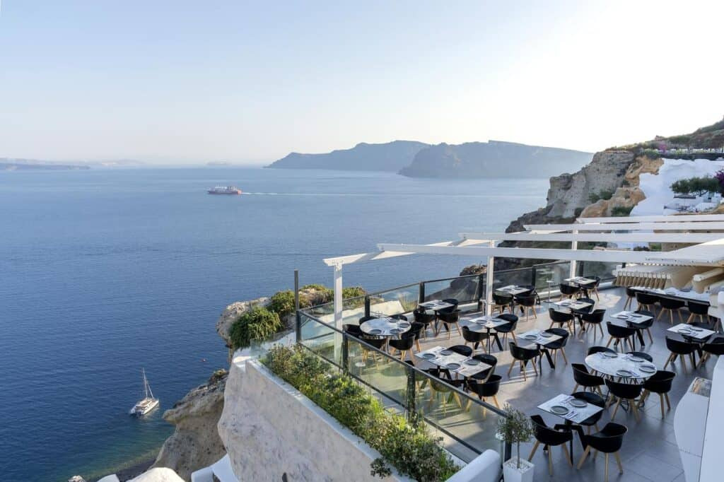 Black Rock Restaurant Santorini Oia